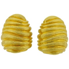 Henry Dunay Large Brushed Gold Bee Hive Earrings