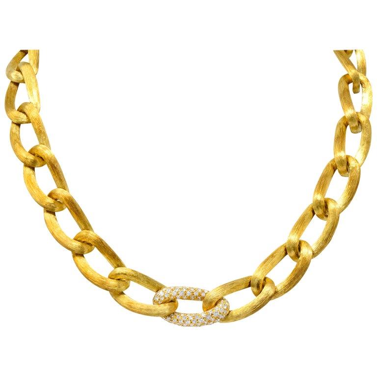 Henry Dunay Retro 2.15 Carat Diamond 18 Karat Brushed Gold Pavã Gabi Necklace For Sale