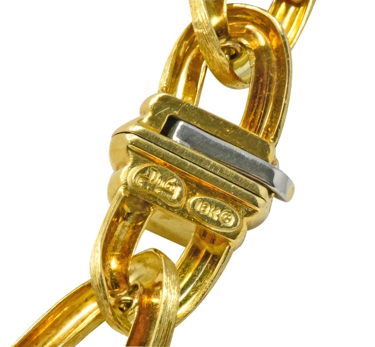 Henry Dunay Retro 2.15 Carat Diamond 18 Karat Brushed Gold Pavã Gabi Necklace For Sale 2