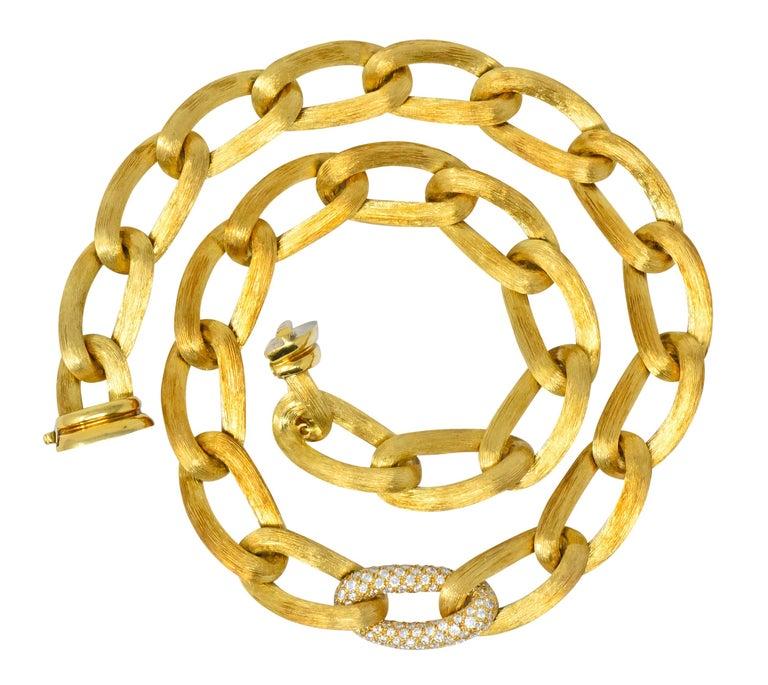 Henry Dunay Retro 2.15 Carat Diamond 18 Karat Brushed Gold Pavã Gabi Necklace For Sale 4