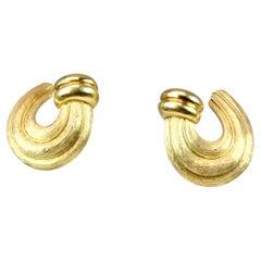 Henry Dunay Sabi Side Clip on Hoop Earrings in 18 Karat Yellow Gold
