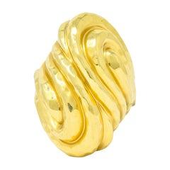 Henry Dunay Vintage 18 Karat Yellow Gold Hammered Swirl Ring, circa 1980s