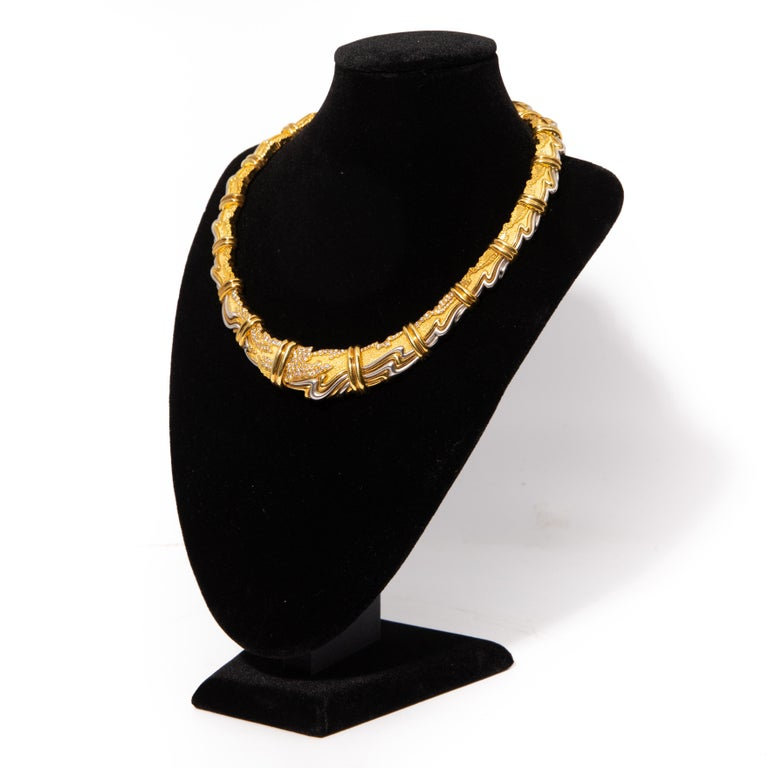 Brilliant Cut Henry Dunay, Yellow Gold, Platinum and Diamond Collar Necklace For Sale
