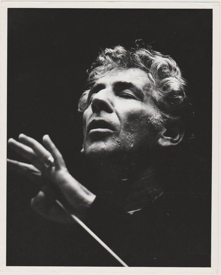 Henry Grossman Portrait Photograph - Leonard Bernstein