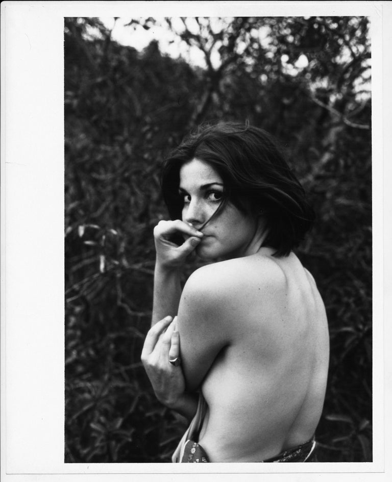 Nude - A photo story of Susan Saint James by Henry Grossmann, circa 1970s. Susan Saint James(bornSusan Jane Miller; August 14, 1946) is an Americanactressandactivist, most widely known for her work in television during the 1960s, 1970s and