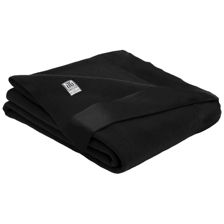 Henry Merino Black King-Size Blanket with Silk Border by JG Switzer For Sale
