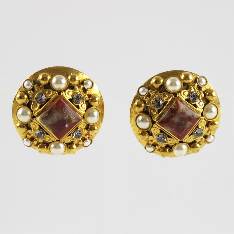 Henry Perichon Gilt Metal Jeweled Clip Earrings In Excellent Condition For Sale In Atlanta, GA