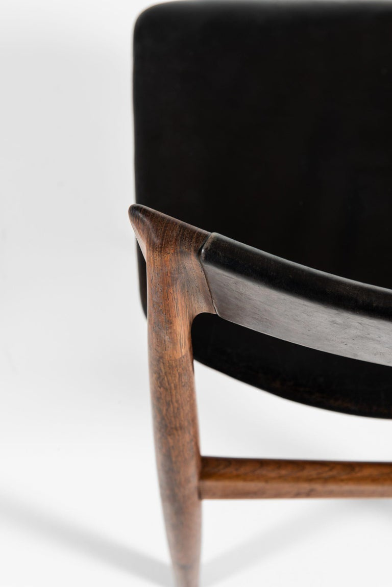 Leather Henry Rosengren Hansen Dining Chairs Model 39 Produced by Brande Møbelfabrik For Sale
