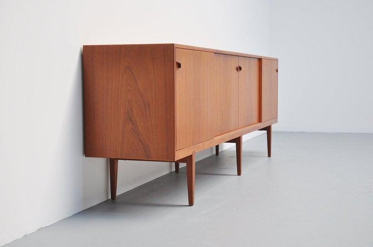 Henry Rosengren Hansen Teak Sideboard, Denmark, 1960 In Good Condition For Sale In Etten-Leur, NL