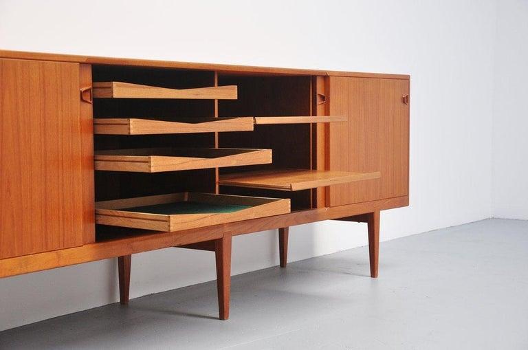 Henry Rosengren Hansen Teak Sideboard, Denmark, 1960 For Sale 1