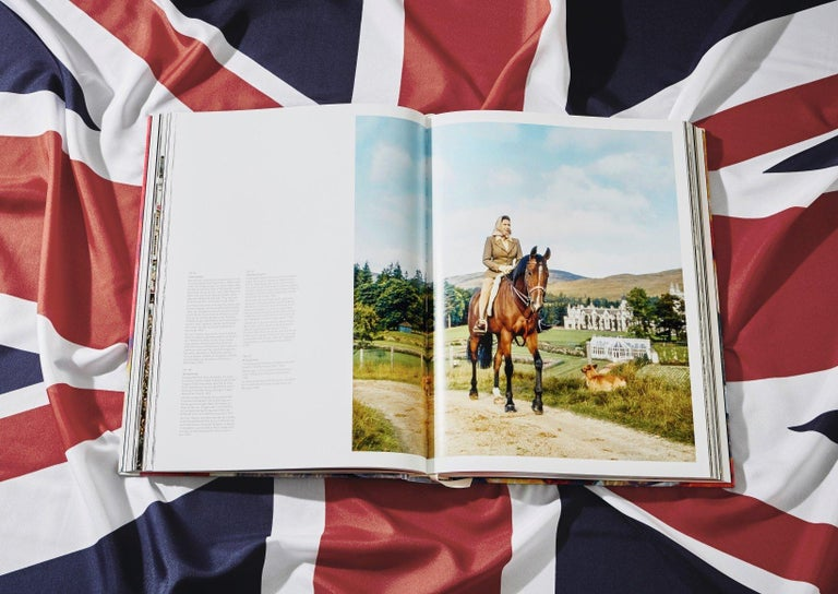 Her Majesty, Vivienne Westwood Edition No. 1-500, Harry Benson 'Royal Greeting' For Sale 2