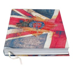 Her Majesty, Vivienne Westwood Edition No. 1-500, Harry Benson 'Royal Greeting'