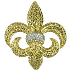 Heraldic Fleur-de-lis Gold and Diamond Brooch