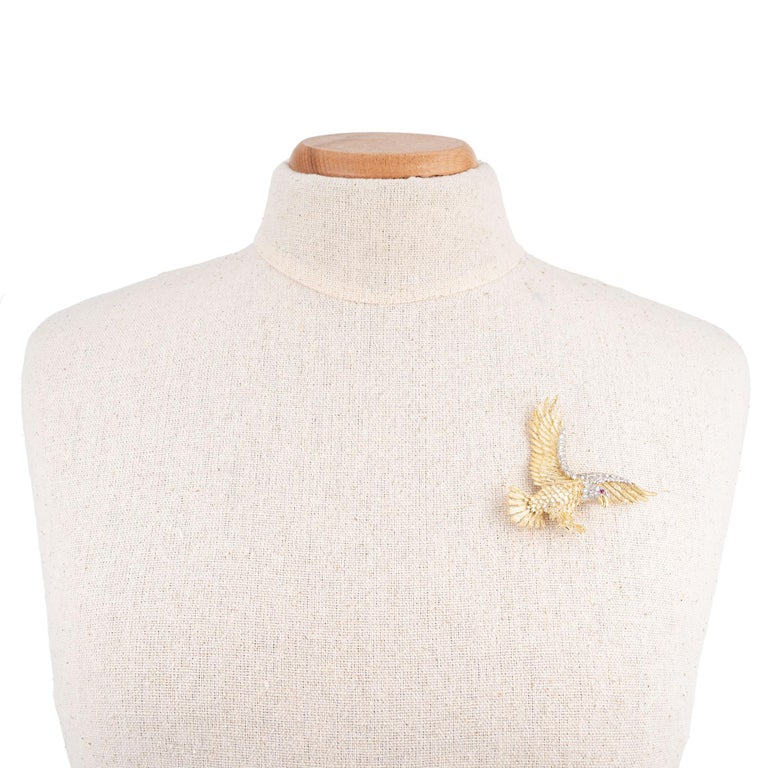 Women's Herbert Rosenthal .62 Carat Diamond Ruby Yellow Gold Platinum Eagle Brooch For Sale