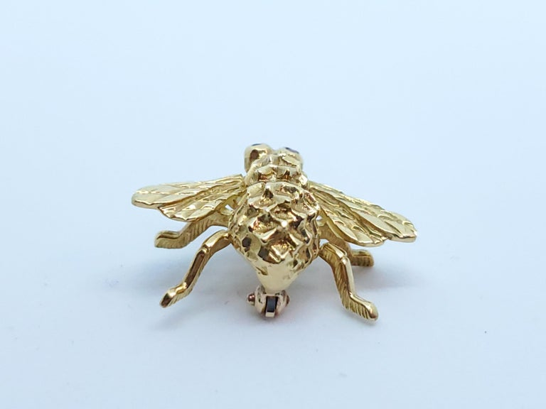 Modern Herbert Rosenthal Bee Pin, 18 Karat Yellow Gold with Ruby Eyes For Sale