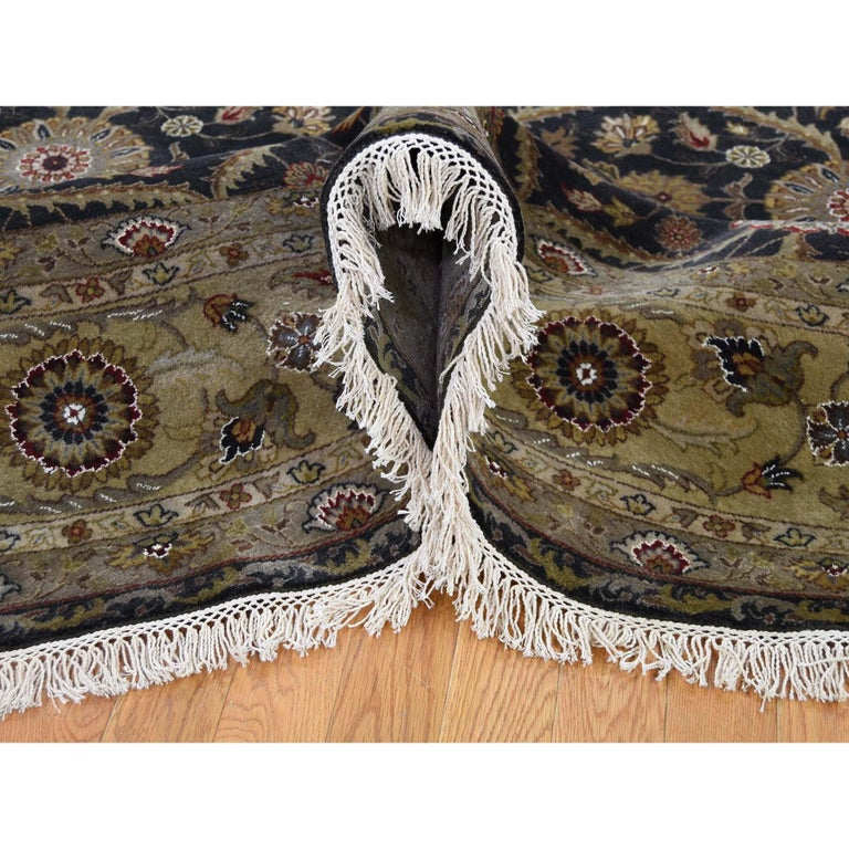 Hand-Knotted Hereke Design Wool and Silk Hand Knotted 300 Kpsi Round Oriental Rug For Sale