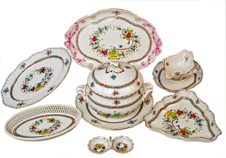 We invite you here to look at a splendid as well as nicest Herend dinner set for twelve persons:  This dinner setis of finest elegance due to its delicate flower paintings / finally stunning appearance, too, due to golden painted edges, circa