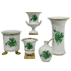 "Herend Hungary Porcelain ""Chinese Bouquet Apponyi Green"" Set of 5 Small Vases"