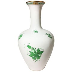 "Herend Hungary Porcelain ""Chinese Bouquet Apponyi Green"" Vase"