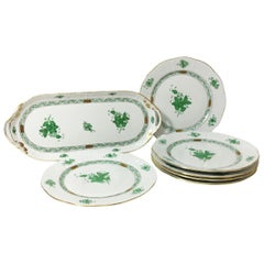 "Herend Porcelain ""Chinese Bouquet Apponyi Green"" Tray with 6 Plates"
