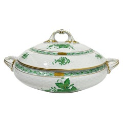 "Herend Porcelain ""Chinese Bouquet Apponyi Green"" Tureen with Handles"