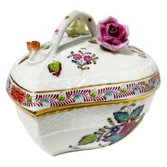 "Herend Porcelain ""Chinese Bouquet Apponyi multi-color"" Heart Shaped Bonbonniere"