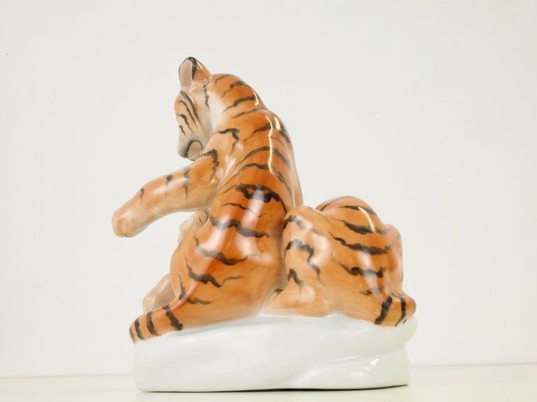 Herend Porcelain Figurine Depicting 2 Tiger Cubs For Sale 4