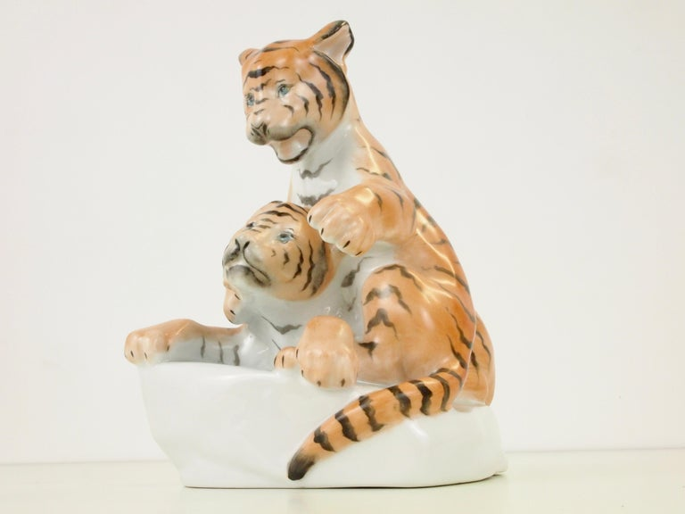 20th Century Herend Porcelain Figurine Depicting 2 Tiger Cubs For Sale