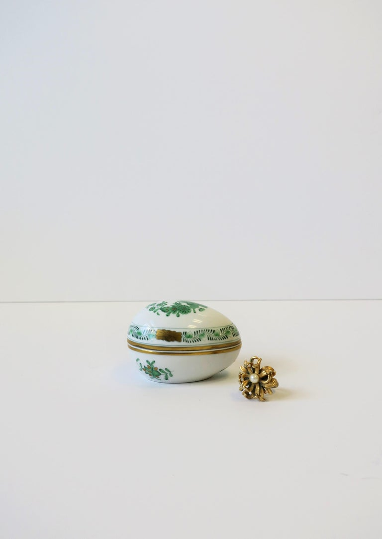 Hungarian Herend White Green Gold Porcelain Egg-Shaped Jewelry Box For Sale