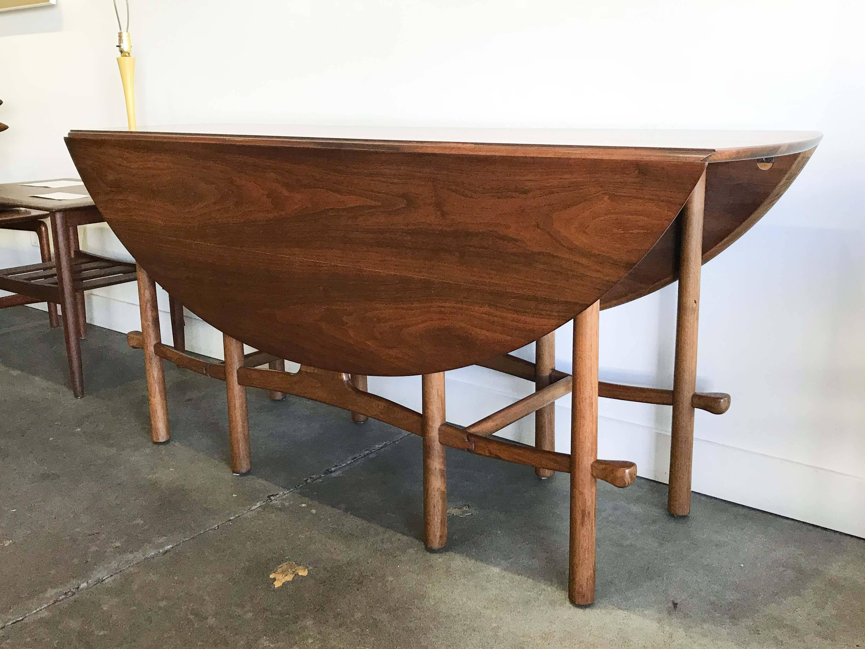 Heritage Henredon Was A Collaboration Between Drexel Heritage And Henredon  Furniture Manufacturers. Approximately 75