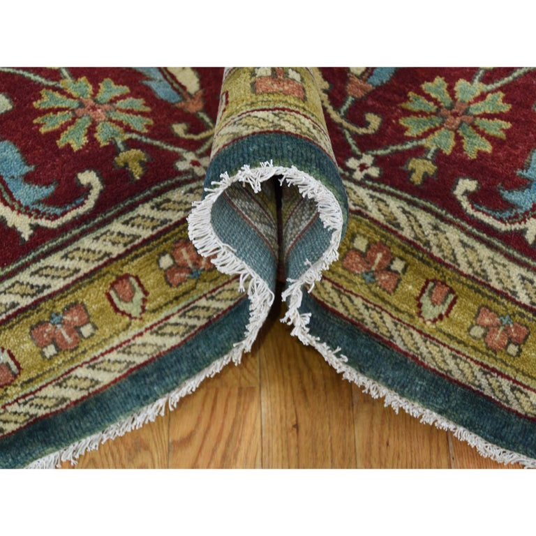 Heriz Design Hand Knotted 100 Percent Wool Oriental Oversize Rug In New Condition For Sale In Carlstadt, NJ