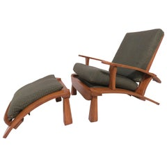 Herman DeVries for Cushman Furniture Morris Chair and Ottoman, circa 1930s