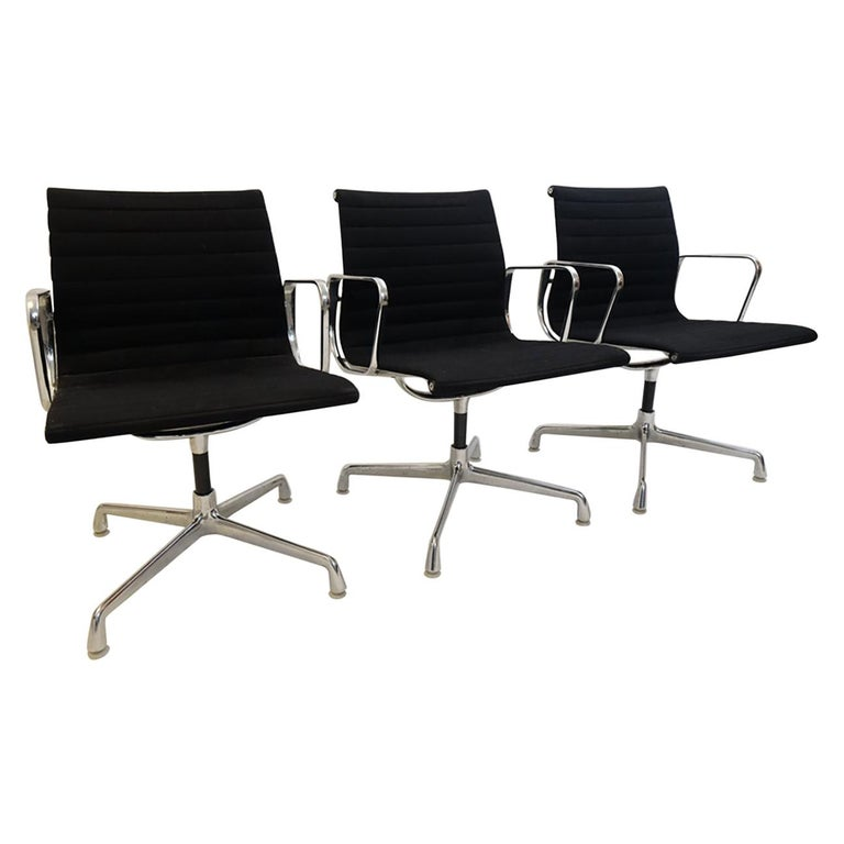 Herman Miller Aluminium Group Management Chairs For Sale