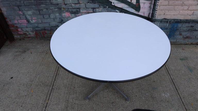Mid-Century Modern Herman Miller Eames Dining Table For Sale