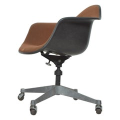 Herman Miller Eames Bucket Office Chair with Casters Mid-Century Modern