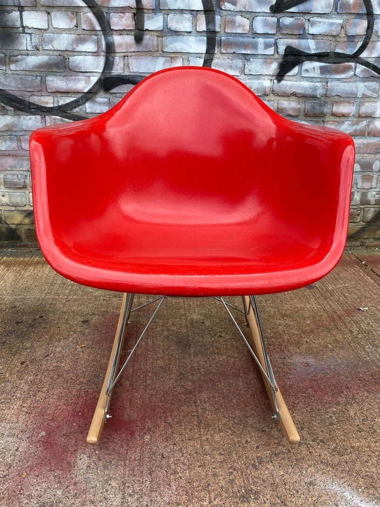 Mid-Century Modern Herman Miller Eames Cherry Red RAR Rocker For Sale