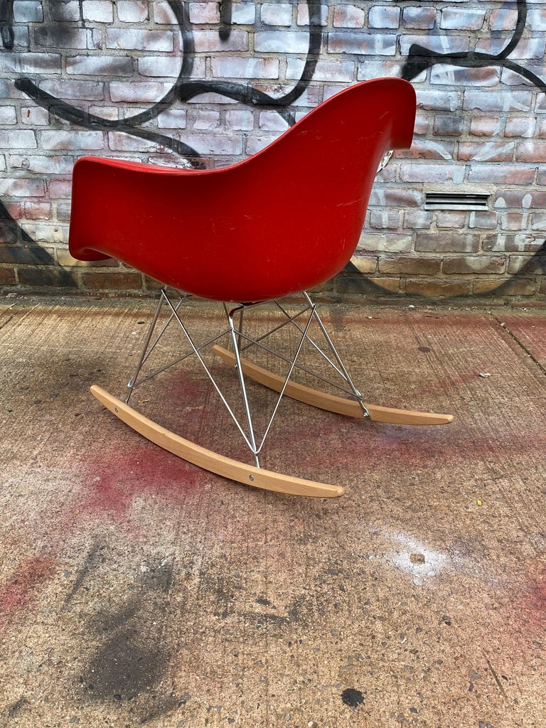 Herman Miller Eames Cherry Red RAR Rocker In Good Condition For Sale In Brooklyn, NY