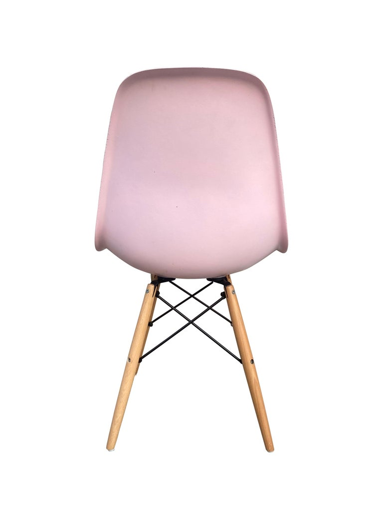 American Herman Miller Eames Dining Chairs in Pink For Sale
