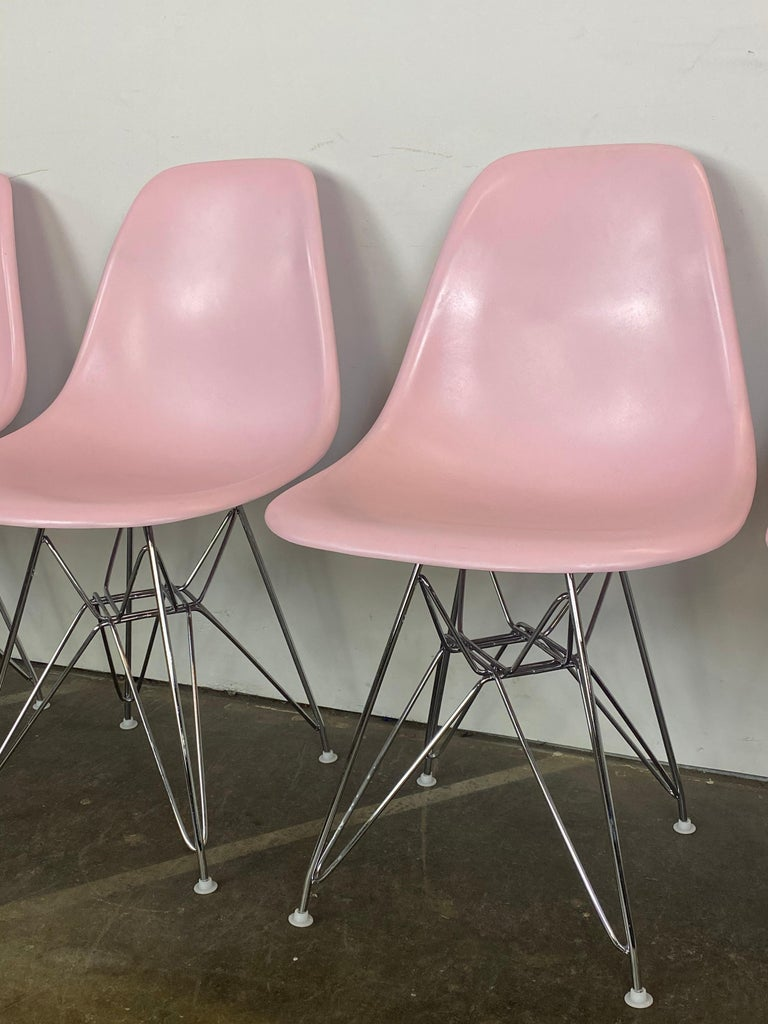 20th Century Herman Miller Eames Dining Chairs in Pink For Sale