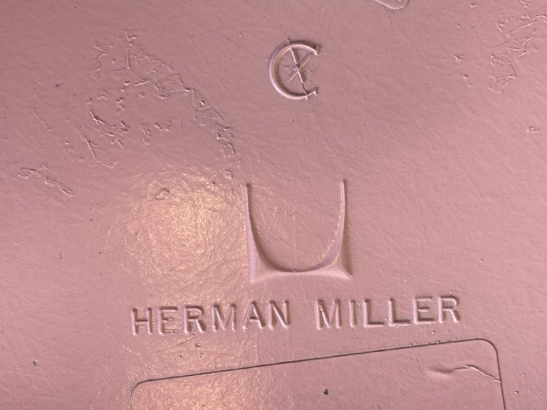 Herman Miller Eames Dining Chairs in Pink For Sale 2