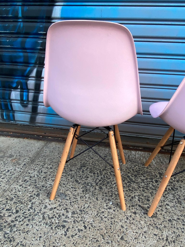 Herman Miller Eames Dining Chairs Redone in Pink For Sale 3