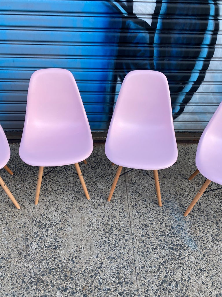 Herman Miller Eames Dining Chairs Redone in Pink In Good Condition For Sale In Brooklyn, NY
