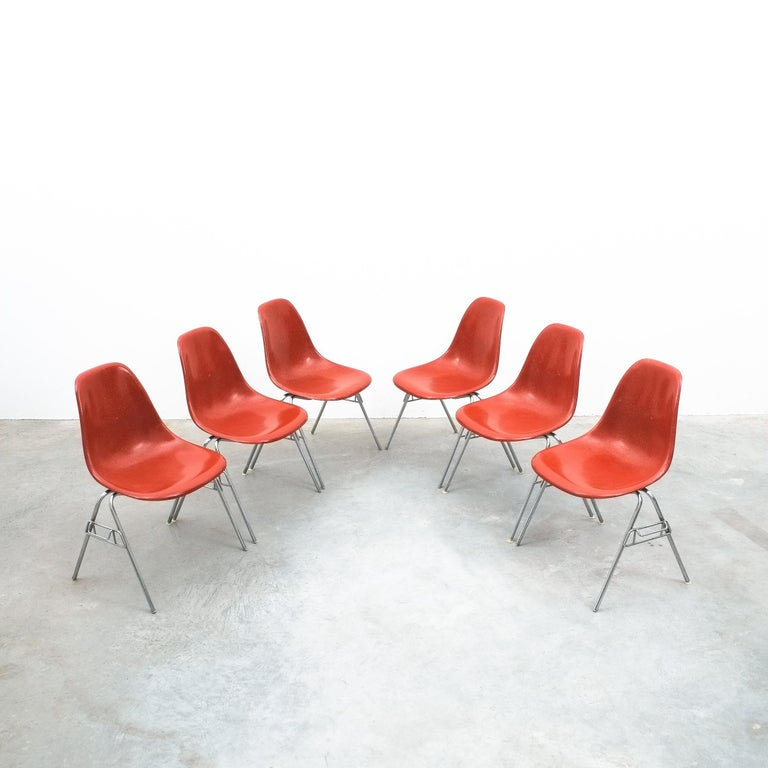 12 rare Herman Miller Eames dining chairs terracotta, circa 1970  we have 2 sets a 6 pieces available.  They were produced in the years 1970-1978. DSR plastic side chair. The scarce terracotta (TC) colored shell has its original finish with