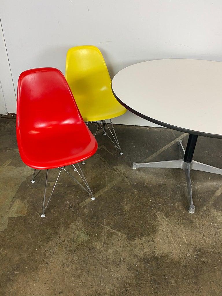 Mid-Century Modern Herman Miller Eames Dining Set For Sale