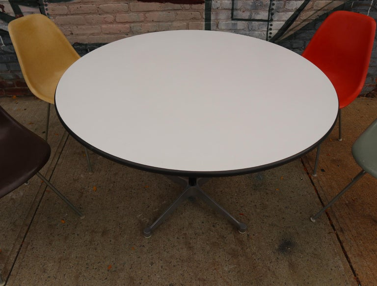 20th Century Herman Miller Eames Dining Set with Table For Sale