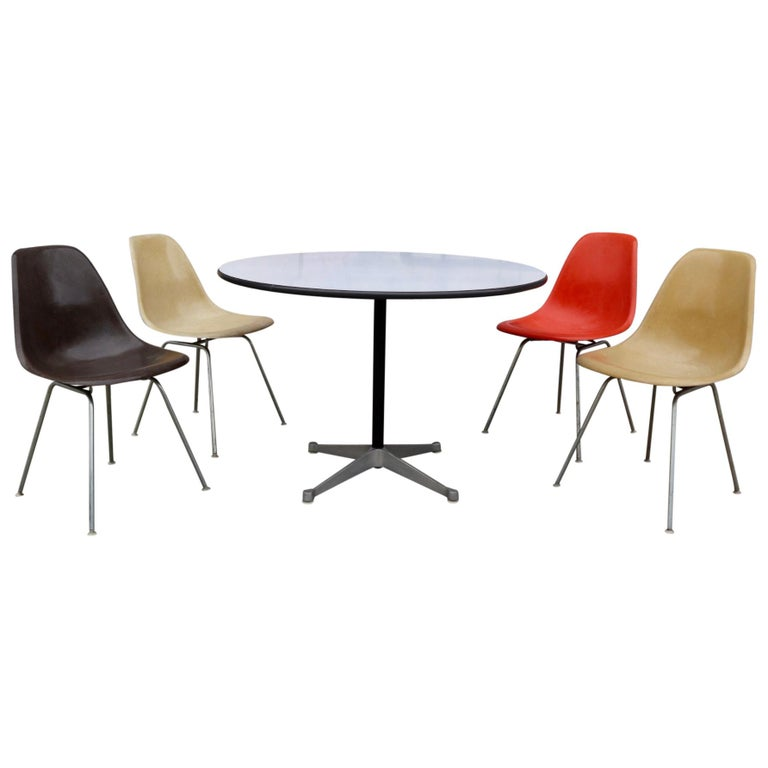 Herman Miller Eames Dining Set with Table For Sale