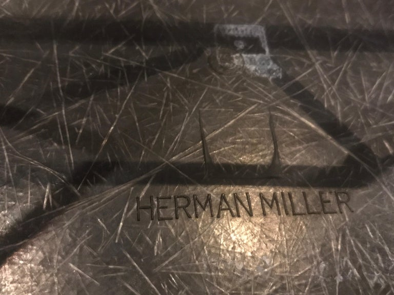 Herman Miller Eames Fiberglass Rocking Chair Model RAR In Good Condition For Sale In Brooklyn, NY