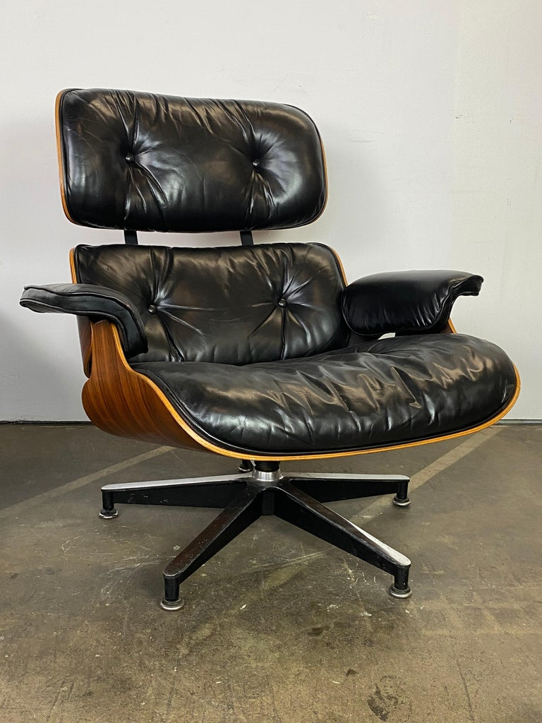 Herman Miller Eames Lounge Chair and Ottoman For Sale 3