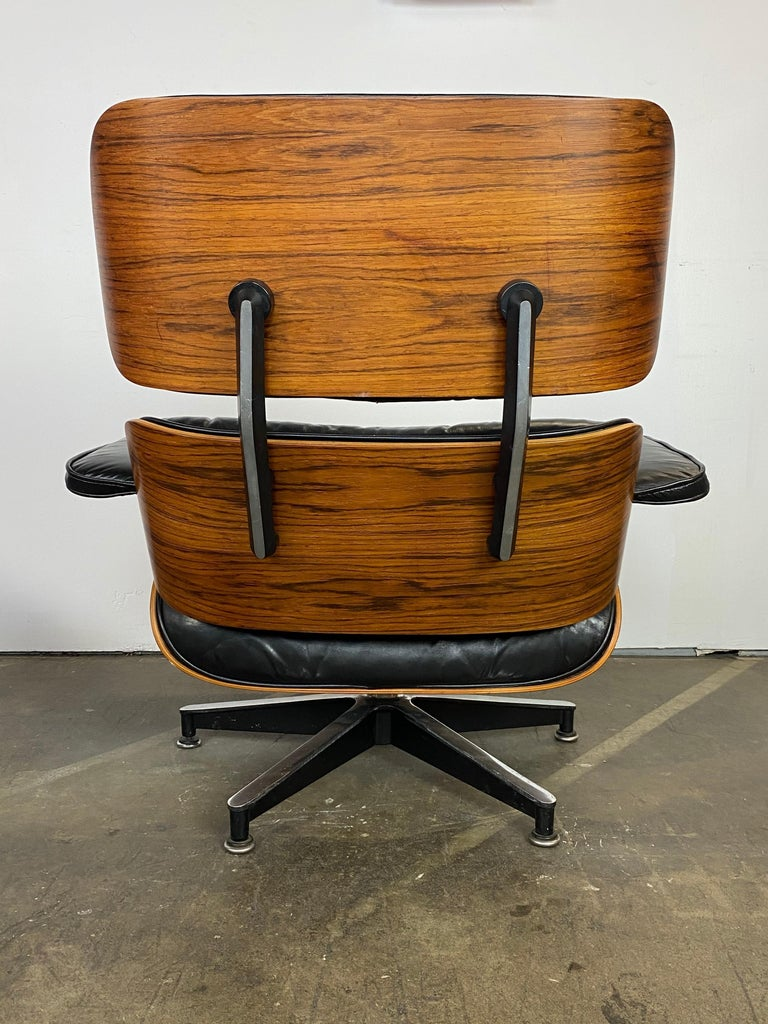 Herman Miller Eames Lounge Chair and Ottoman For Sale 4