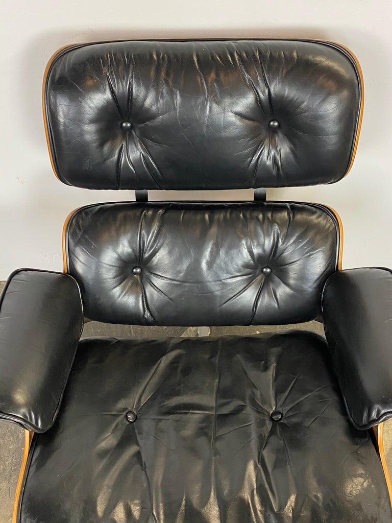 Herman Miller Eames Lounge Chair and Ottoman For Sale 5